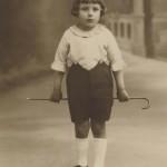 Enfant à la canne