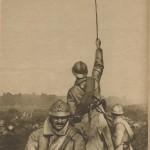 Officier levant sa canne avant une attaque en 1916
