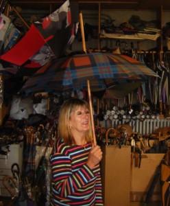 Le bâton de marche-parapluie Bressange