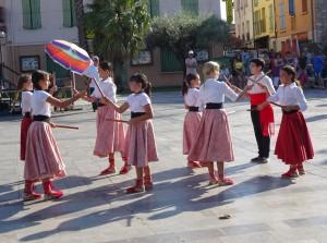 Danse aux bâtons à Thuir - 1