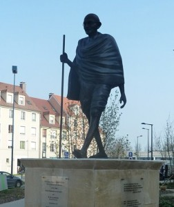 Gandhi - statue à Vauréal