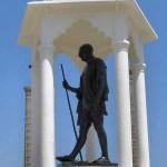 Gandhi - statue 3 Pondichery