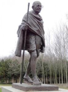 Gandhi - statue au parc de l'Etoile à Strasbourg