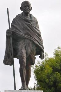 Statue de Gandhi à Saint-François en Guadeloupe photo F. Palli