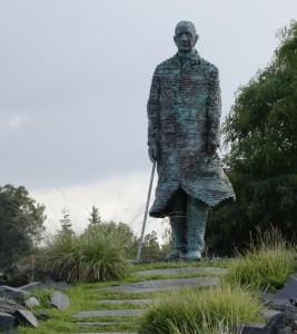 Charles de Gaulle à St-Cyr-sur-Loire - 2