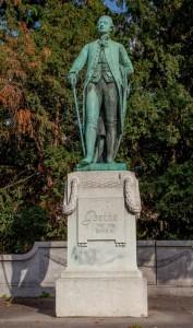 17 Strasbourg France Statue de Goethe ( Johann Wolfgang von Goethe ) romancier et dramaturge