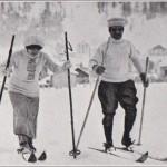 Skieuse et skieur avec leurs bâtons